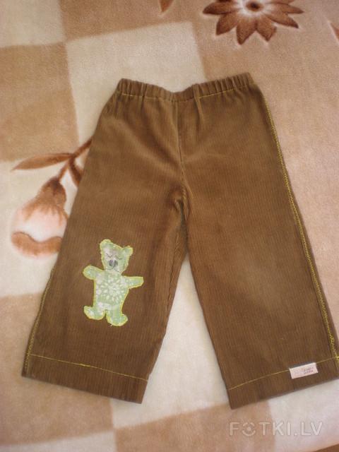 Маша нашему малышке сшила новые штанишки 51