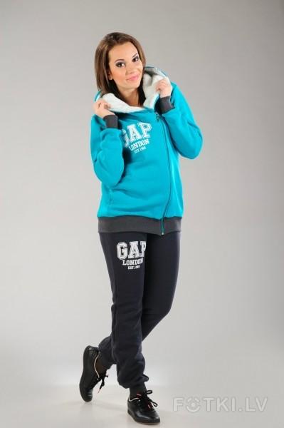 женский костюм gap