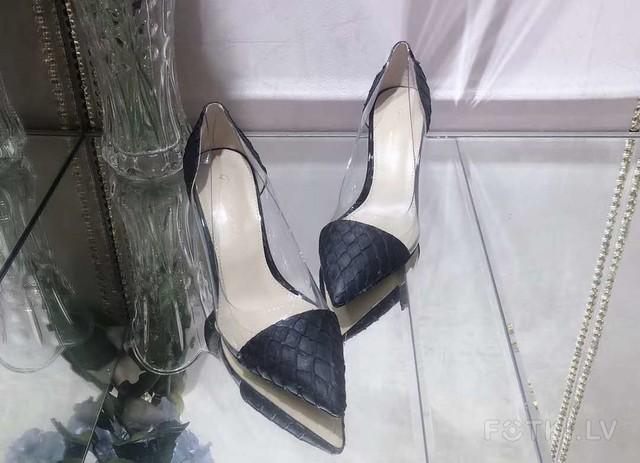 Туфли 105евро 36,37,38,39,40 размер