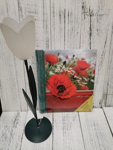 Albums ar magnētiskām 60 lapām, cena 9,00 EUR