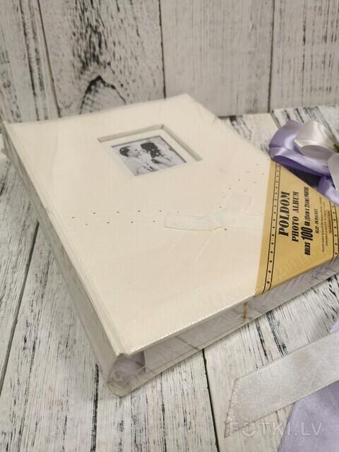 Albums ar kabatiņam 100 bildēm 15x21 cm, Cena 13,00 EUR