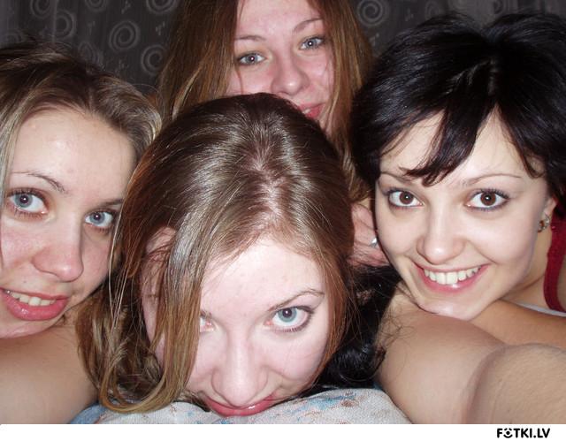 проверяют сосут один член много девушек девиц