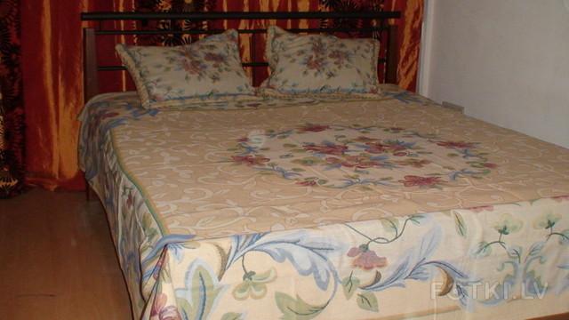 Flora 235x230 +2 pillowcase 48x68
